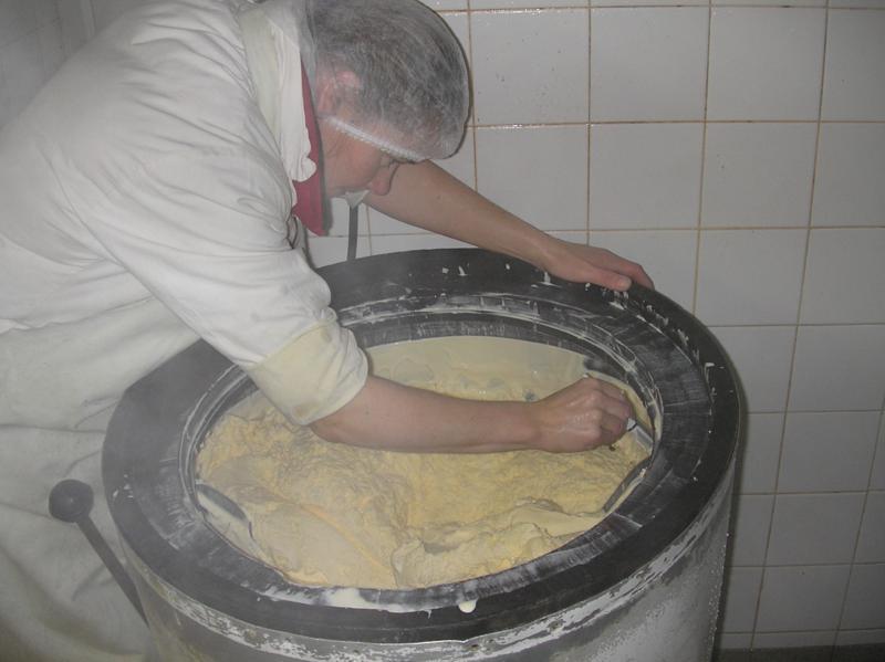 mantequilla3 Mantequilla artesanal bretona, elaborada en Combourtillé
