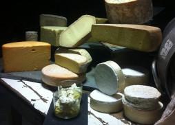 La Jarradilla - Barcenilla Villacarriedo cata quesos ingleses k