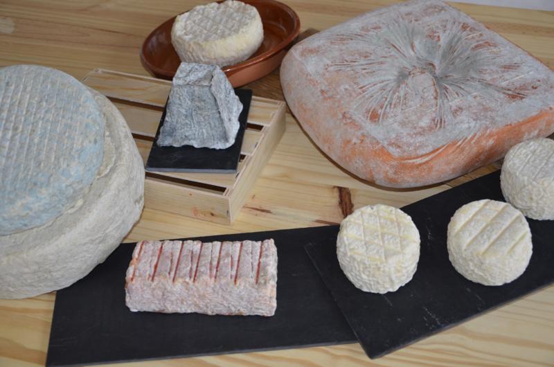 quesos Cantagrullas verano 2013  18 Tabla de quesos artesanos