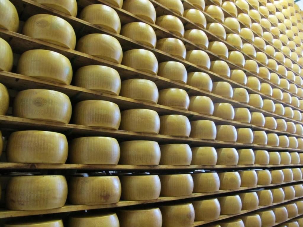parmigiano reggiano larestano cantagrullas 91 1024x768 Parmigiano Reggiano, una historia familiar